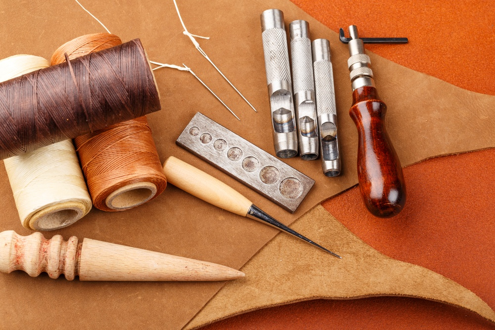 Homemade leather craft equipment