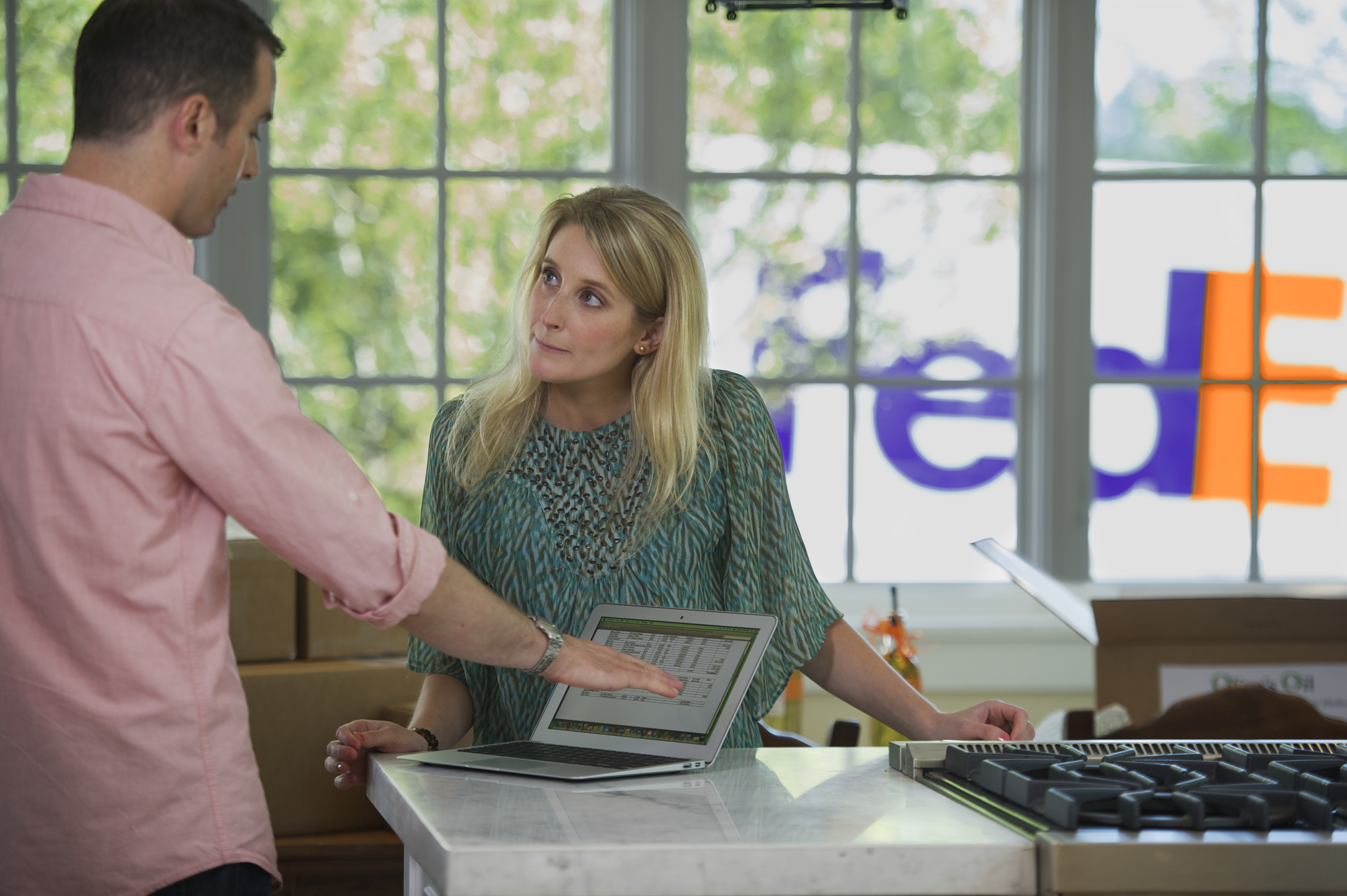 Reduce Shipping Costs with FedEx