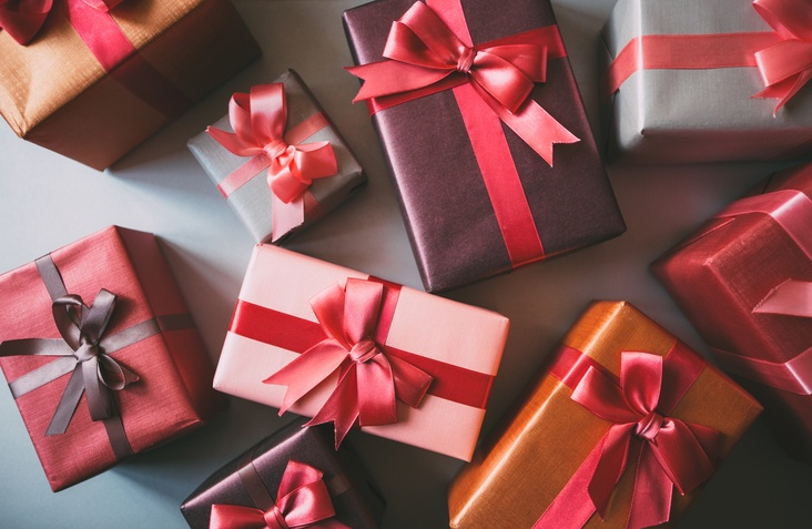 Attract Repeat Customers by Offering Gift Wrapping in Your Website